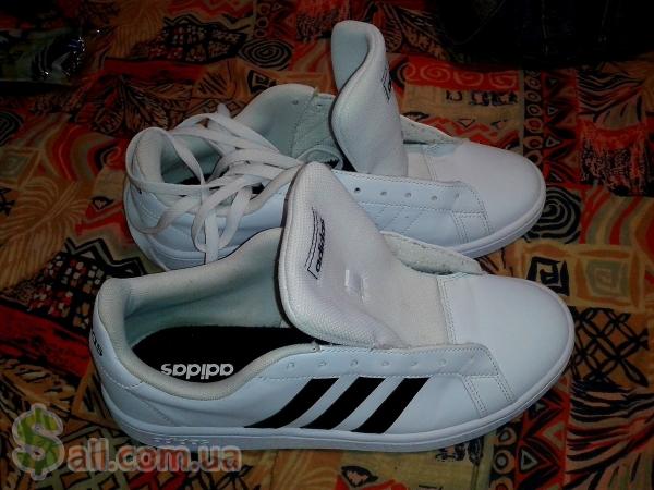 Продам кроссовки Adidas Grand Court Base, идеал, оригинал 100 %. Мужские кроссовки