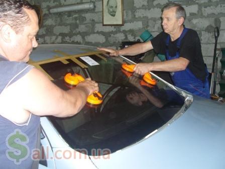 Ремонт автостекла на Соломенке.Киев. СТО, техобслуживание