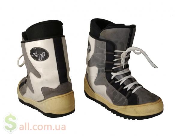 Ботинки для сноуборда. Размер 45/30.2 см. во Львове
